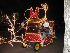 Decorated golf cart | Custom Minnie Mouse electric cart deco… | Flickr