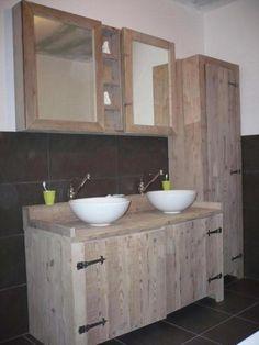bathroom pallet wood   badkamer steigerhout