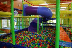 My future indoor ball pit room. Childrens Gym, Childrens Kitchens, Ball Pit Room, Kids Indoor Playground, Nostalgic Pictures, Jungle Gym, Weird Dreams, Winning The Lottery, Okinawa