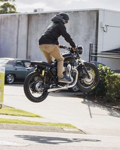 Shoutout to our buddy @harrybink who will be competing in @xgames this week. When he's not jumping his cafe racer, he's doing insane stuff on his dirt bike. Get it done Hazza!! Yewwww! - #deathcollective #ridebikeshavefun #w800...