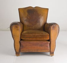 Shop club chairs and other antique and modern chairs and seating from the world's best furniture dealers. Brown Leather Chairs, Leather Club Chairs, Leather Lounge, Leather Sofa, Moustache, Cool Furniture, Furniture Design, Lodge Furniture, Unusual Furniture
