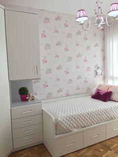Dormitorio rosa para niña: Dormitorios infantiles de estilo moderno de Noelia Villalba
