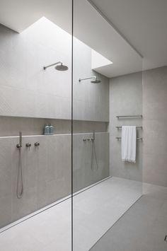 Neutral Bathroom, Small Bathroom, Master Bathroom, Stone Bathroom, Bathroom Niche, Concrete Bathroom, Bathroom Ideas, Modern Bathroom Design, Bathroom Interior Design