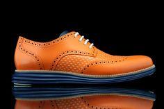 Men's Fashion: Cole Haan LunarGrand Wingtip Knicks Orange for Spike Lee by Revive Customs Mens Shoes Boots, Sock Shoes, Shoe Boots, Derby, Modern Mens Fashion, Splendid Shoes, Spike Lee, Vogue, Gentleman Style
