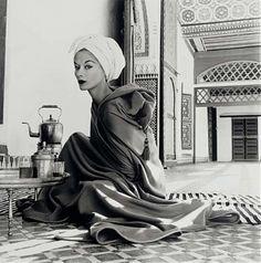 Irving Penn: Woman in Moroccan Palace (Lisa Fonssagrives-Penn), Marrakech, 1951 , Irving Penn Art Gallery, Irving Penn Pictures, Irving Penn Photos - New York City