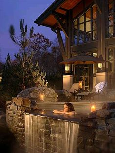 Umm, Yes please.Gorgeous Mountain Home with outdoor jacuzzi designed with falling water. Amazing Architecture & Design.