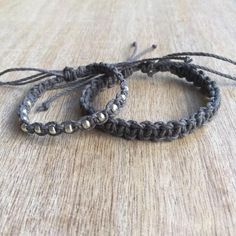 His and her Bracelet Couple Hemp Bracelet Couples by Fanfarria Hemp Jewelry, Hemp Bracelets, Fall Jewelry, Bracelets For Men, Friendship Bracelets, Survival Bracelets, Leather Jewelry, Jewelry Ideas, Diy Jewelry