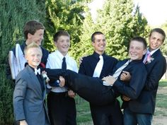 Great idea for a high school dance picture of all the guys/dates (homecoming, prom, etc) :)