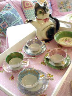 ٠•●●♥♥❤ஜ۩۞۩ஜஜ۩۞۩ஜ❤♥♥●   Cute tea set  ٠•●●♥♥❤ஜ۩۞۩ஜஜ۩۞۩ஜ❤♥♥●