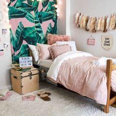 Room ideas bedroom, cute bedroom ideas, teen room decor, diy room i Room Ideas Bedroom, Teen Room Decor, Bedroom Decor, Bed Room, Room Design Bedroom, Bedroom Inspo, Wall Decor, Cute Room Ideas, Diy Room Ideas