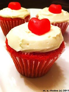Cooking The Amazing: RED VELVET CAKE--maybe cupcakes for Thanksgiving!