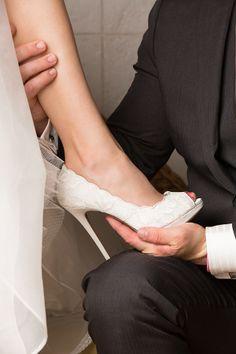 Classic white heel. Real Wedding: Brooke & Joshua » Queensland Brides