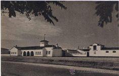 Granja escuela, sede de la sección femenina y primera ubicación del instituto de bachillerato a finales de los setenta Madrid, Painting, Art, Baccalaureate, School, Finals, Farmhouse, Old Pictures, Feminine