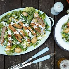 Country fried steak salad with blue cheese dressing recipe. Best Salad Recipes, Salad Recipes For Dinner, Dinner Salads, Veggie Recipes, Cooking Recipes, Burger Recipes, Veggie Food, Yummy Recipes, Cooking Tips
