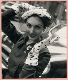 Model wearing matching ht an gloves by Max Heymans, 1951.