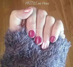 MUOTI&TYYLI. KAUNEUS Ihanat, Söpöt KYNNET Viikon Värit, Pinkki ja Tummanpunainen....Säihkettä ja Sparkle PIKKUJOULUAIKAAN. Sinun VÄRI? HYMY #trends #beauty #muoti #bloggaja #tyyli #kauneus #kynnet #pikkujoulu #sparkle #punainen #pinkki #väri #viikonväri #ihanat #smile ❤💅💋🎵📰👀👍😘😉☺😻😎
