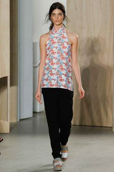 Creatures of the Wind | Spring 2015 Ready-to-Wear Collection | Style.com