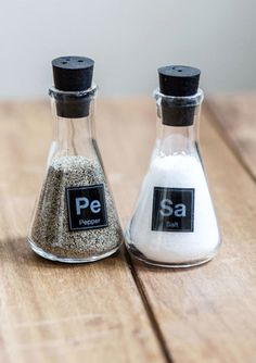 cute and geeky salt and pepper shaker  http://rstyle.me/n/mda9ipdpe