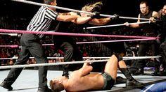 SmackDown 10/18/13: Daniel Bryan, Cody Rhodes & Goldust vs. The Shield