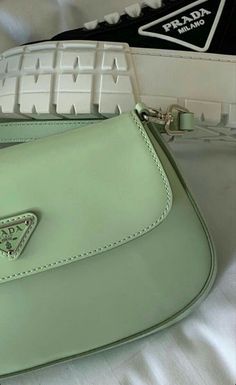 Mint Green Aesthetic, Aesthetic Colors, Aesthetic Pictures, Aesthetic Plants, Aesthetic Style, Brown Aesthetic, Verde Vintage, Sage Green Wallpaper, Images Esthétiques