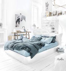 "Polubienia: 2,444, komentarze: 26 – Paulina Arcklin Photography (@paulinaarcklin) na Instagramie: ""HELLO 2018! Do your magic by @magiclinen linen beddings. Here is a new Blue melange and Grey blue…"""