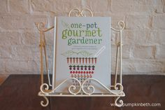 Read my review of The One-pot Gourmet Gardener by Cinead McTernan at www.pumpkinbeth.com