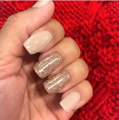 Espresso martini glitter nails and looks ногти, маникюр Natural Wedding Nails, Simple Wedding Nails, Wedding Nails For Bride, Bride Nails, Wedding Nails Design, Natural Nails, Wedding Manicure, Prom Nails, Simple Nails