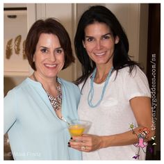 Don't miss this day with the girls! The Party Goddess shares ideas and inspiration from a super celeb's ice cream social! Check it out at http://thepartygoddess.com/angie-harmons-girls-afternoon-in #angieharmon @maiasphoto #icecreamsocial