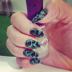 #nails #nailspiration #nailporn #nailswag #nailart #nails #nailsart #nailedit #nail #manicure #mani #moro #camo