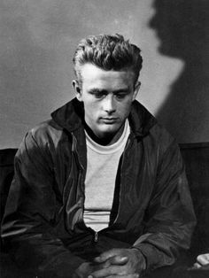 What's up with that creepy shadow behind him? #classic #jamesdean