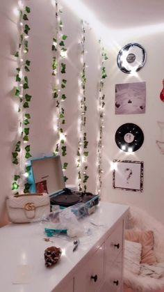 Indie Room Decor, Cute Room Decor, Bedroom Decor, Dorm Room Bedding, Aesthetic Rooms, New Room, Decoration, House, Home Decor