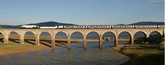 Trenes de lujo: el Transcantábrico, un recorrido por el norte de España en un tren de cinco estrellas. Con excursiones incluidas, Neocueva de Altamira...