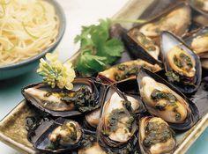 Mussels with Cilantro Sauce | Cookstr.com