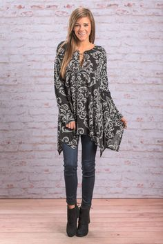"""""""Fan Feelings Top, Black"""" This damask print is too trendy these days! We can't keep anything with it in stock for long! And we don't see this top being any different! #newarrivals #shopthemint"""