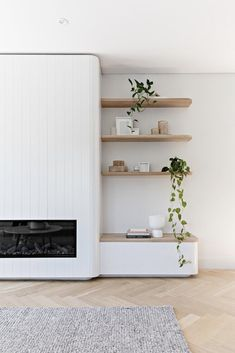 Living Room Interior, Home Living Room, Home Interior Design, Living Room Designs, Living Spaces, Living Room Decor, Design Interiors, Living Room Plants, Living Room Shelves