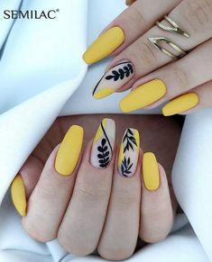 40 The Most Trendy Fall Nail Designs You'll Love - Page 5 of 13 Fall Nail Designs - Looking for Diy fall nails idea too? We have gathered up 40 fall nail design ideas. You are going to absolutely love these Fall Nail Designs and most of them are so simple Manicure Nail Designs, French Manicure Nails, Nails Polish, French Nails, Acrylic Nail Designs, Cute Acrylic Nails, Cute Nails, My Nails, Pretty Nails