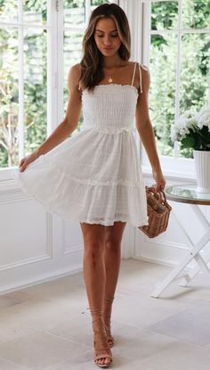 cute dresses Cool 47 Cozy Farmhouse Front Door Design Ideas That You Need To Try White Dress Outfit, White Dress Summer, White Mini Dress, Dress Outfits, Dress Up, Fashion Outfits, White Sundress, White Dress Casual, Sundress Outfit
