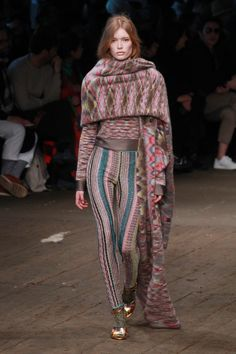 Clássico tricô da Missoni ganha contornos de streetwear - Vogue | Desfiles