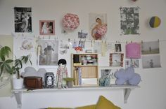 • Put IKEA/land of nod wire with clips for artwork & cute pics above long floating shelf!