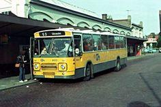 bus van centraal nederland op het busstation in Zeist Bus Station, Utrecht, Old Pictures, Childhood Memories, Netherlands, Holland, The Past, History, Busses