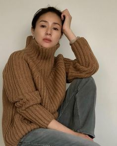 Girl Fashion, Womens Fashion, Ladies Fashion, Minimal Outfit, Weekend Outfit, Asian Beauty, Casual Outfits, Style Inspiration, Actresses