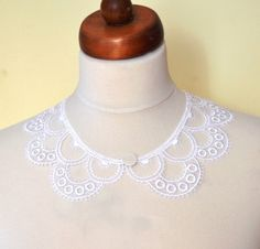White Peter Pan Collar White Detachable Collar and by Sizana Lace Necklace, Collar Necklace, Crochet Necklace, Crochet Collar, Lace Collar, Knitting Accessories, Handmade Accessories, Knitted Boot Cuffs, Detachable Collar