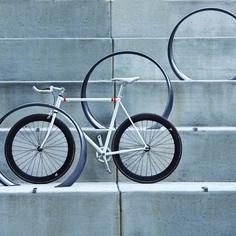 35:  Loop Bike Rack | Landscape Forms