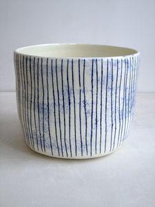 tall oval bowl