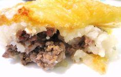 Batata Merhiya (Algerian Mashed Potatoes Layered With Beef )