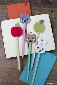 Animal pencil toppers diy kid sewing project easy sewing diy for kids Diy And Crafts Sewing, Sewing Projects For Kids, Sewing For Kids, Diy For Kids, Craft Projects, Sewing Diy, Sewing Ideas, Sewing Tutorials, Felt Diy
