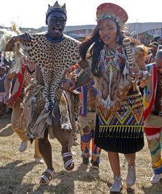 A traditional Zulu wedding Zulu Traditional Attire, African Traditional Wedding Dress, Traditional Wedding Attire, Traditional Outfits, Traditional Weddings, African Wedding Attire, African Attire, African Wear, African Dress