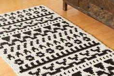 modelos de tapetes a crochet rectangulares Animal Print Rug, Rugs, Angel, Home Decor, Templates, Crochet Bedspread, Needlepoint, Types Of Tissue, Tejidos