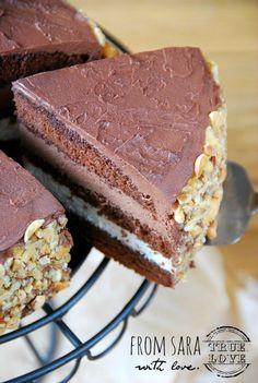 Torcik z nutellą i serkiem mascarpone | Słodkie Przepisy Kulinarne Cookie Desserts, Cake Cookies, Nutella, Tiramisu, Food And Drink, Birthday Cake, Baron, Cooking, Ethnic Recipes