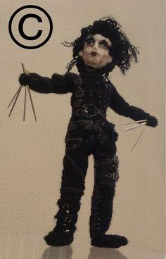 #johnnyDepp #EdwardScissorhands #timburton #knittedicon #knittedceleb #knitteddoll #denisesalway #theknittingwitch